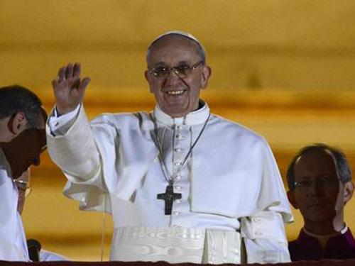 """""""Xucrossanta"""" Querência do Vaticano 4"""