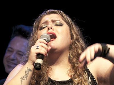 Entrevista com a Cantora Ludy Rocha 8