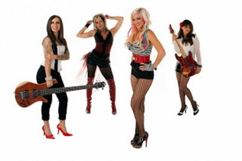 Banda Dollface, Balada Quente nas Noites de Las Vegas 18
