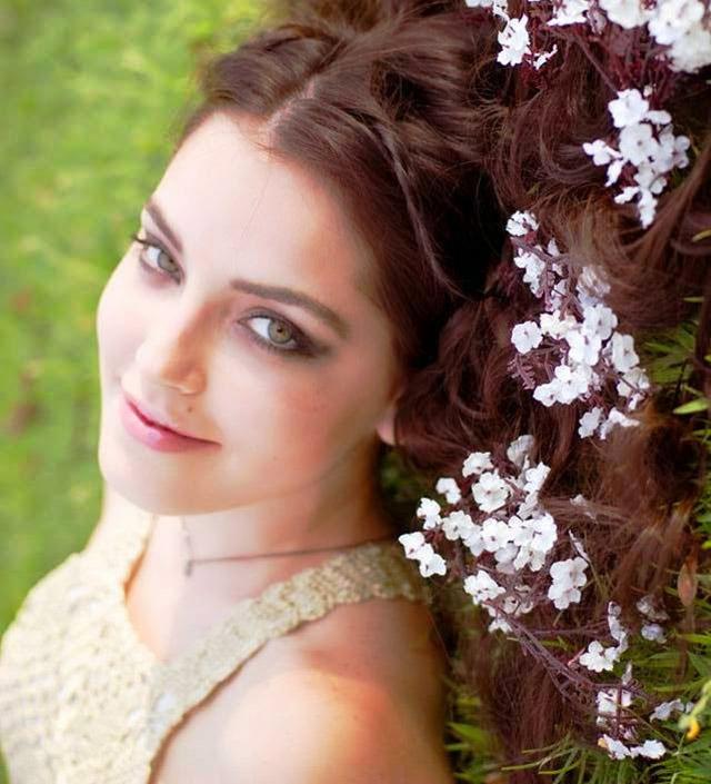 Nicole:  Depois do Palco das Canções,  As Passarelas da Beleza Feminina