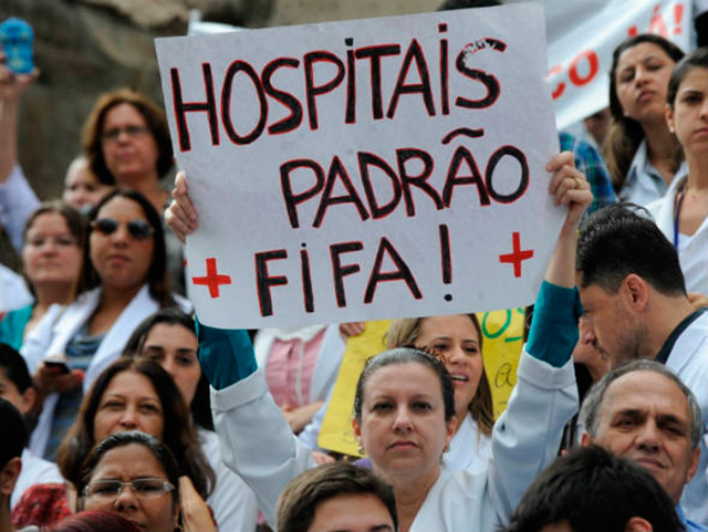 Um Brasil Ridículo aos Olhos do Mundo 6