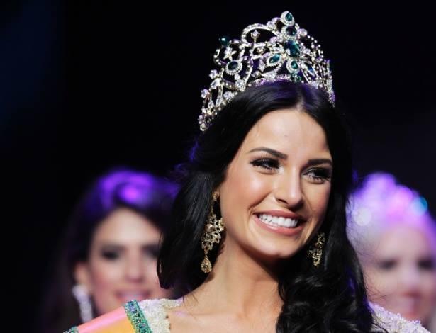 Entrevista com Julia Gama, a Miss Mundo Brasil 2014 20
