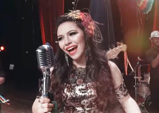Eloisa Olinto Prepara-se para o Lançamento de novo CD e DVD