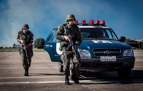 APolícia da Aeronáutica, é uma fração de tropa dosBatalhões de Infantaria da Aeronáutica Especial- BINFAE ou dos Batalhões de Infantaria (BINFA), organizada para emprego em missões de polícia no âmbito daForça Aérea Brasileira.