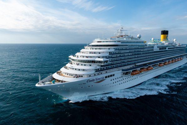 Costa Venezia, navio dedicado ao mercado chinês da Costa Cruzeiros, é batizado em Trieste 2